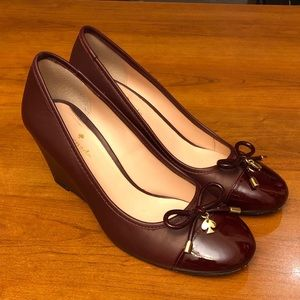 Kate Spade Size 7.5 burgundy shoes